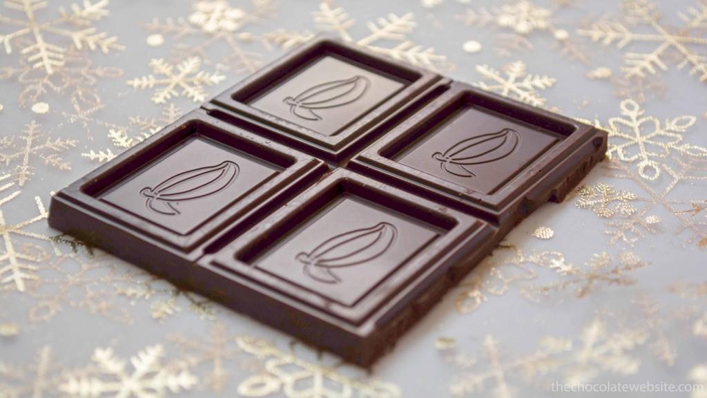 Perugina 51% Cacao Chocolate Unwrapped Beauty Shot