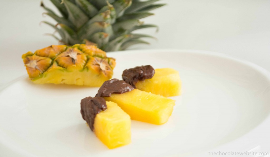 A Crazy or Cool Chocolate Idea - Pineapple with Chocolate Photo